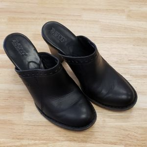 Born Heeled Mules Clogs Black Leather Size 7M